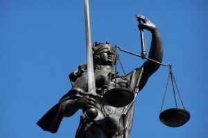 Justitia_by_HHS_pixelio.de_x